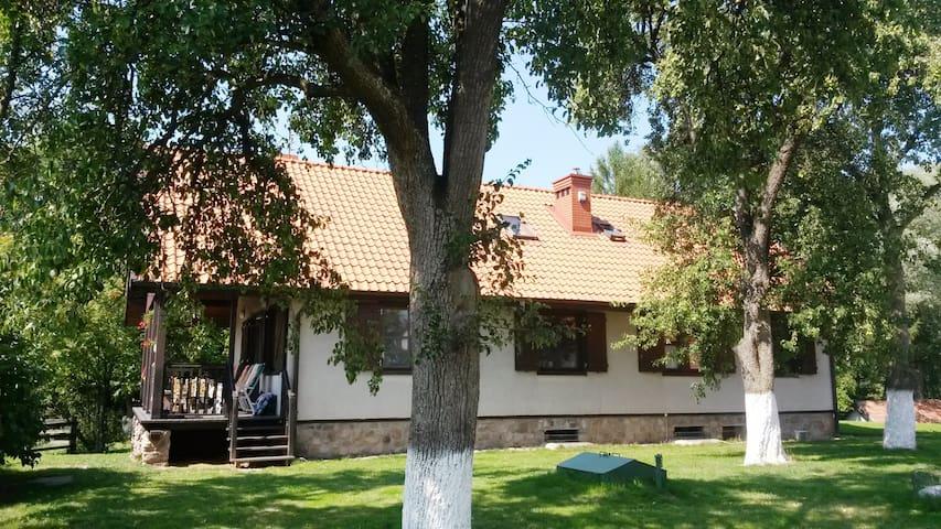 Spacious House close to Lake Juno in Masuria