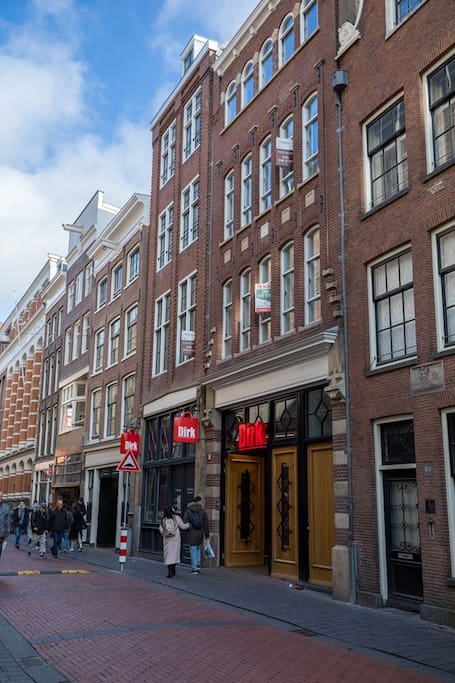 luxury apartment dam square red light district