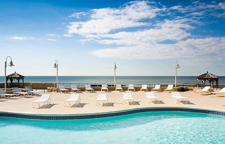 World Famous Atlantic City Boardwalk Studio