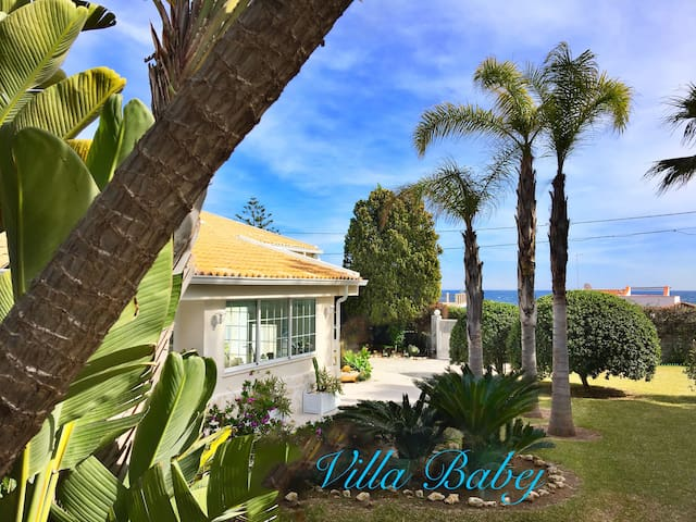 Modern&relaxing Villa 30m from the sea with Wi-fi - Fontane Bianche - Vila