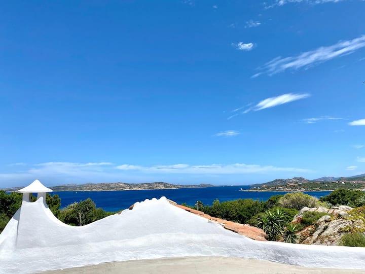 Villa con vista a Porto Rafael - Punta Sardegna
