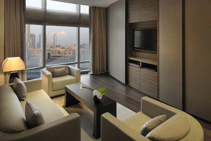 Luxury Apt in Armani Hotel Burj Khalifa