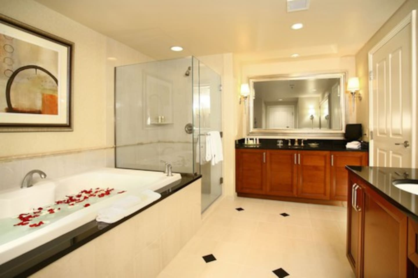Signature One Bedroom Balcony Suite Mgm Signature One Bedroom Two Bath With Balcony Condominiums