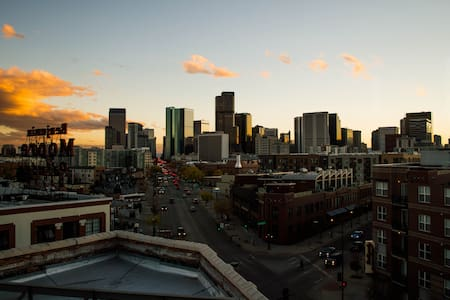 Penthouse Loft with Private Rooftop Patio - Denver - Loft