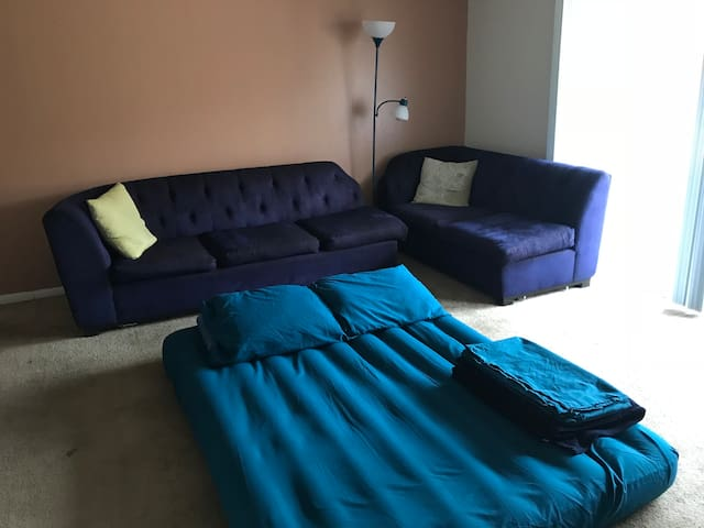 1 Bedroom Apartment near Strip