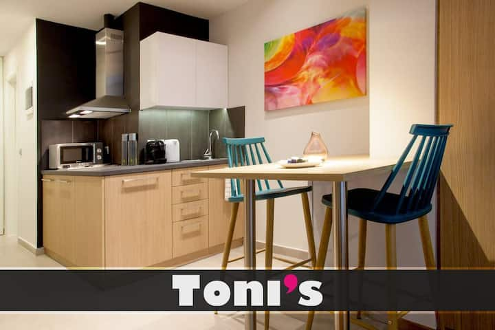 Toni's - Fashionable Studio near Presidential Garden