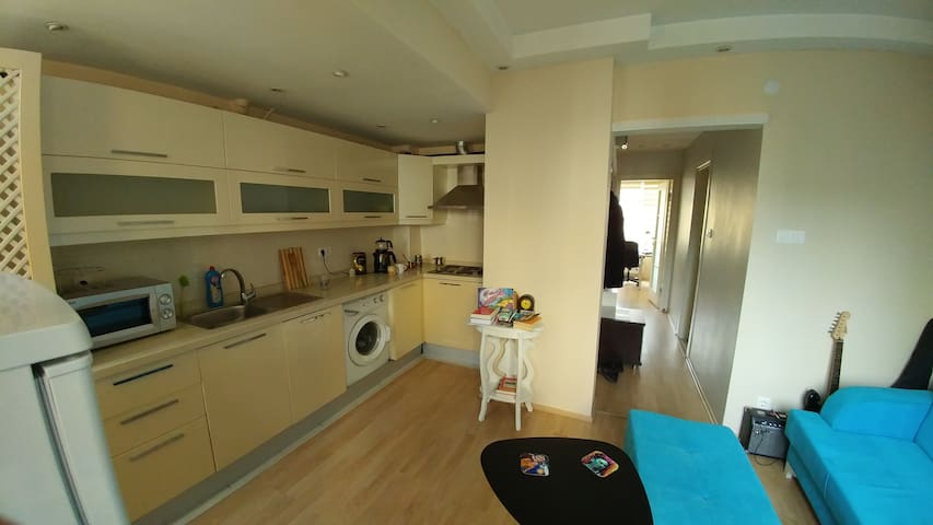 Clean and very central  apartment in Kadıköy.
