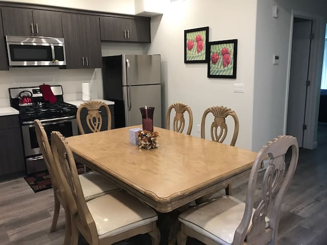 Gorgeous fully furnished Apt/with all amenities - 로스앤젤레스 - 아파트
