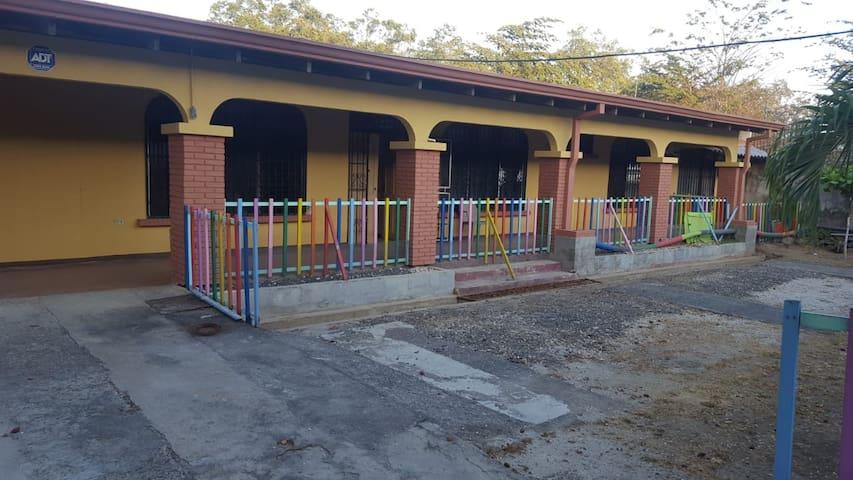 Habitac. Cama matrimonial, Hostel Boutique Liberia