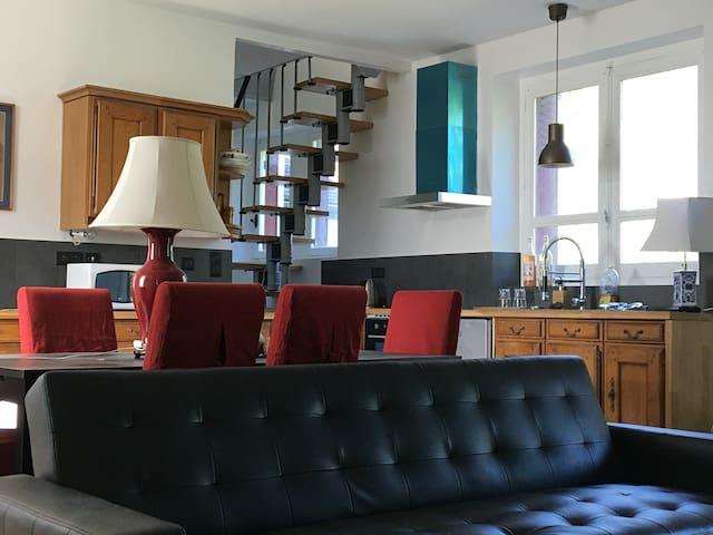 Maison idéale pour week-end cosy luxe 1h de Paris - Courtenay - Villa