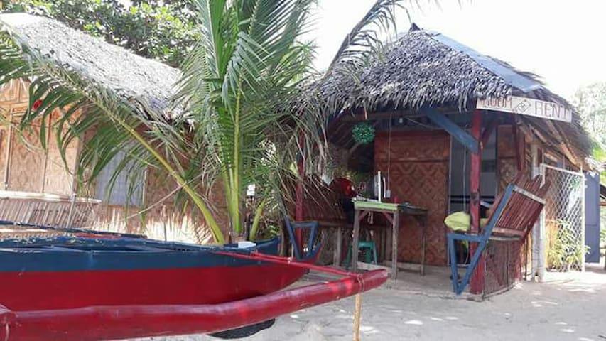 Beachfront Hut w/CR @ Lambug Badian