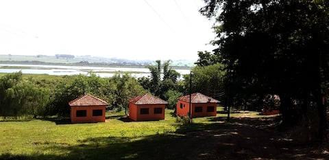 Chalés Corvinaré - Chalés na beira do rio-Turismo