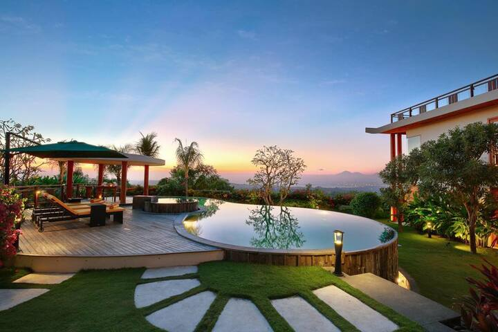 Modern Balinese Wooden Style 5 Bedroom