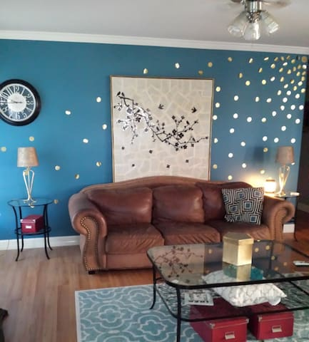 Cozy and Easy Freeway Access House - Houston - Hus