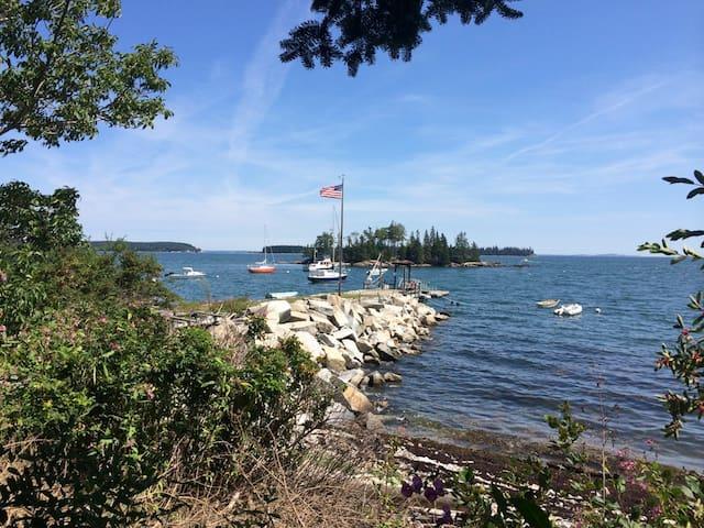Ginn Point: Sailor's Paradise