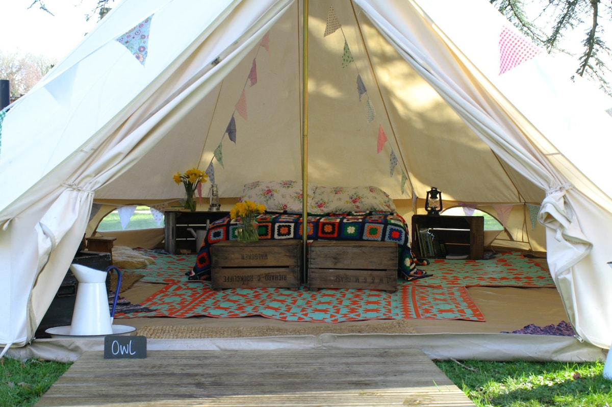 One of our glorious furnished tents. & Amberu0027s Bell Tents at Wiveton Hall North Norfolk - Tents for Rent ...