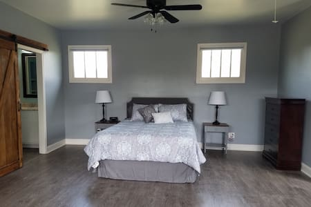 Carriage House Studio Apartment in Canton - Canton - Byt