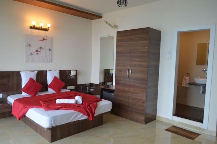 Rain Forest Villa 4 - Satara - Condominium