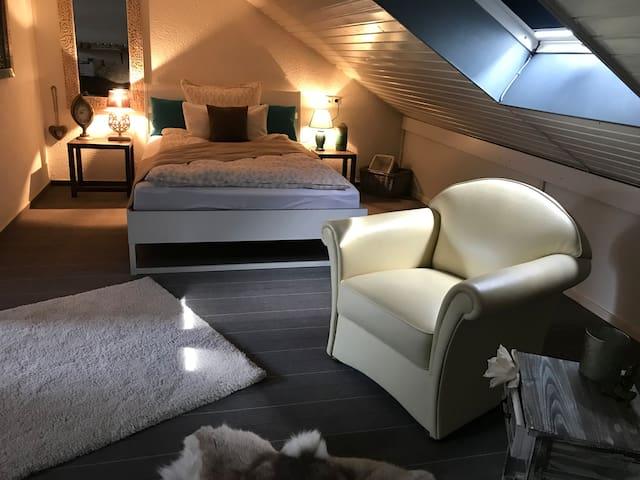 Doppelbett im Studio, Bedroom top floor
