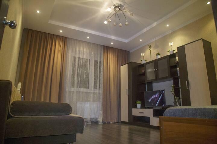 Apartaments Naberezhnaya 35/2