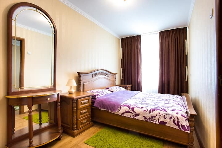 Cozy 2 rooms apartment at Sovetskaya! Top location