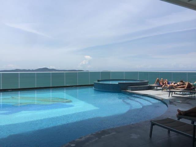 Pattaya海景房度假公寓