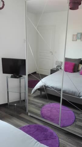 Chambre avec SDB privée à 10 mins de Bayonne