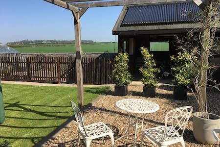Quiet annexe with garden, just south of Cambridge - Stapleford - 公寓
