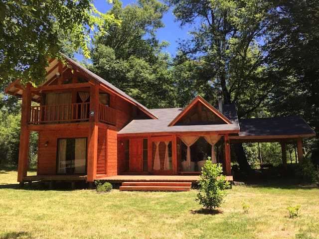 Cottage Caburgua Lake - Pucón (4 to 10 pax)