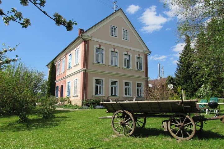"""Romantik-Villa """"LebensART"""""""