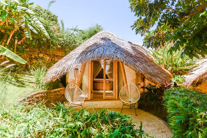 Air-conditioned Bamboo Bungalow @ Le Bamboo Bali