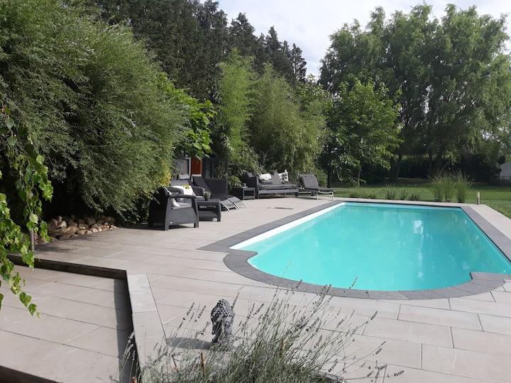 Le Gîte  & La Paille - Piscine-Sauna-Parc arboré