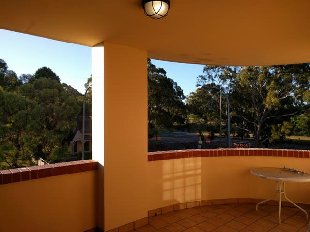 Home away from home - Parramatta - Apartemen