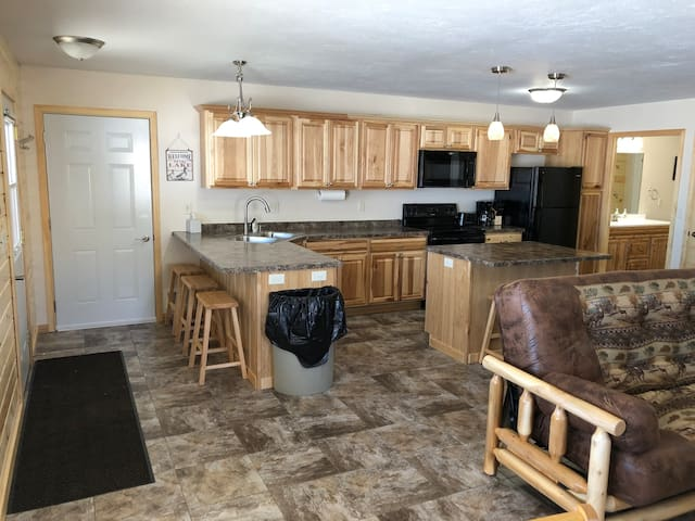 Lakefront Cabin 14 Accessible Pet Friendly Beach