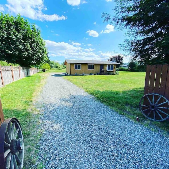 Bo's Valley Farm House in Quiet Cul De Sac