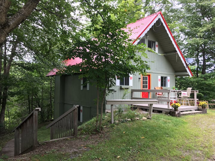FRIAR TUCK - A Charming Chalet