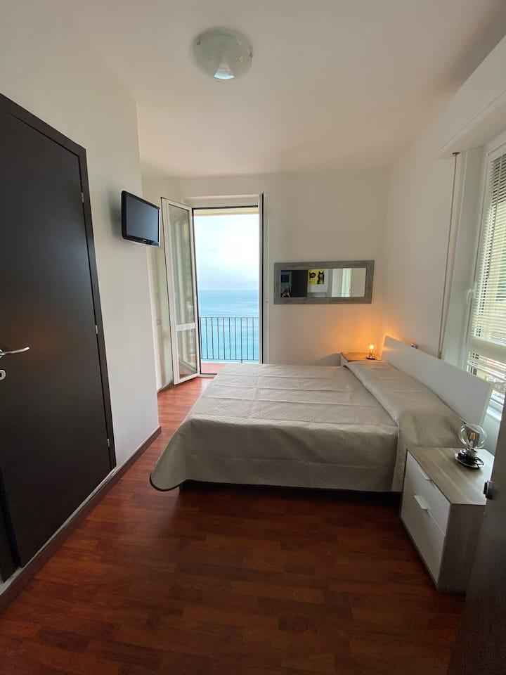 Camera privata vista mare. Sea View con balcone