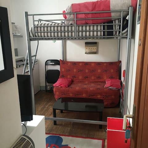 Studio avec lit 2 personnes +bz - Lons-le-Saunier - Apartment