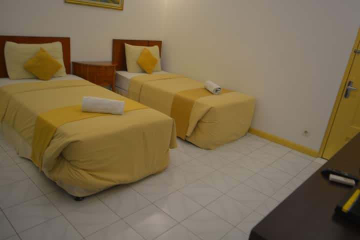 The Salak Residence Inn Room Share