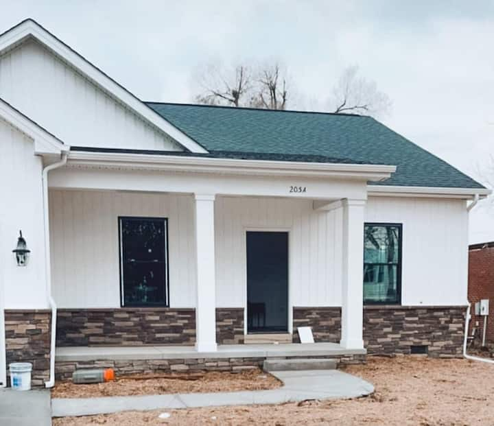 New modern ranch house in adorable small town