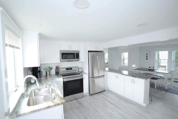 Modern 3 Bed 2 Bath Retreat! Walk to First Beach!