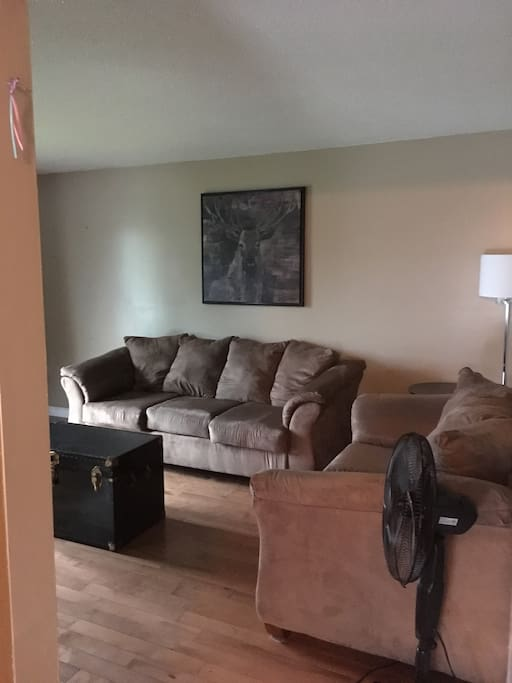 Upper level living room with wifi