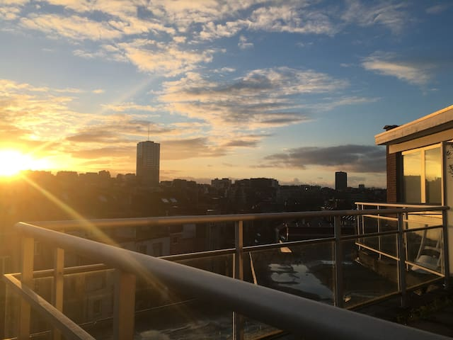 Bright Penthouse, 5min from Flagey - Ixelles - Appartement