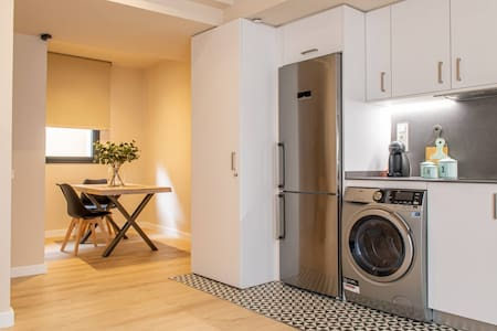 New, stylish & comfortable apartment by Barcelona Touch Apartments