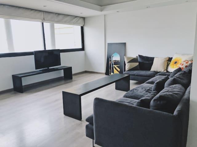 Beautiful 2 bedroom apartment in Achrafieh, Beirut