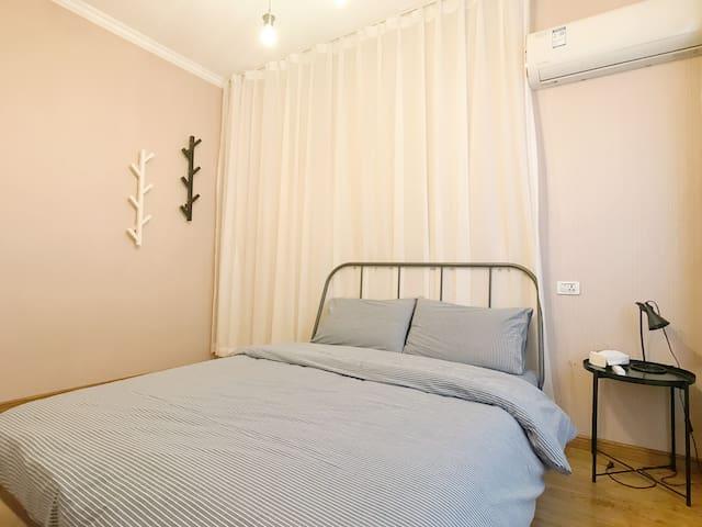1.5米双人床