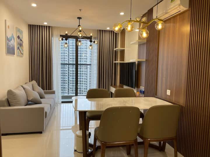 5* 2br Vinhomes Ocean Park apartment