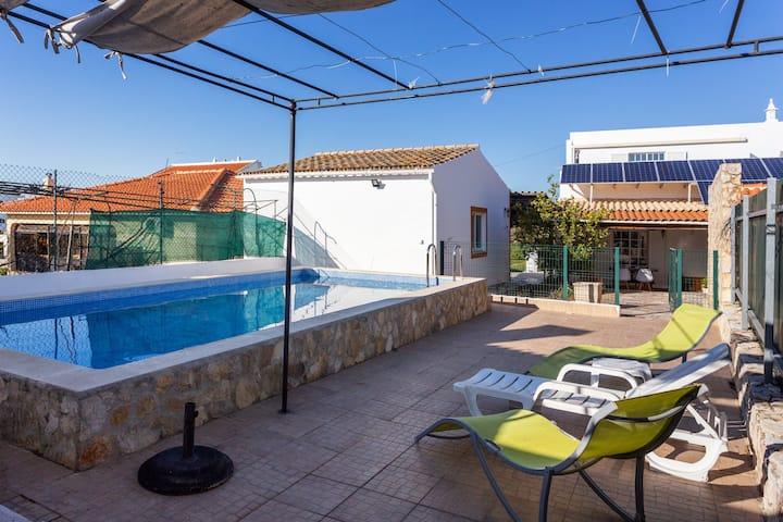 Macya Room!Unique Exclusive Faro Pool Villa Room