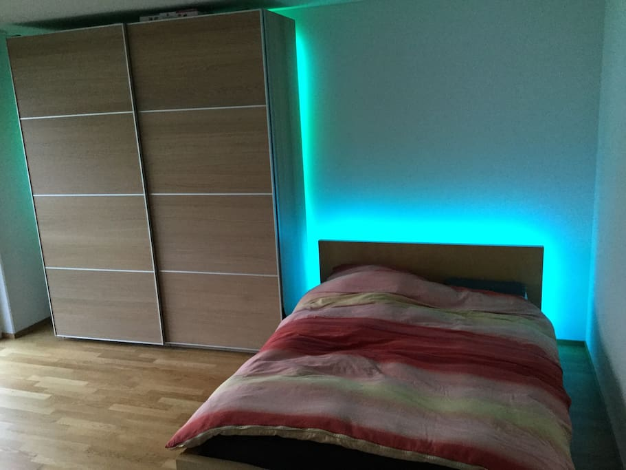 The bedroom has a double bed, a third single mattress can also be put at disposal for a 3rd guest.