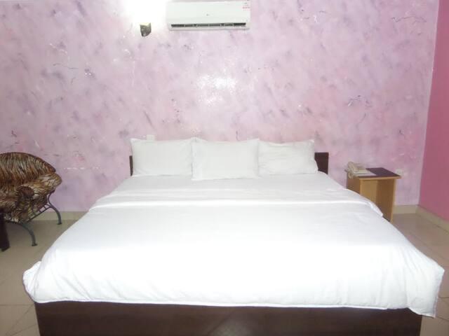 Bavidi Hotel - Standard Royal